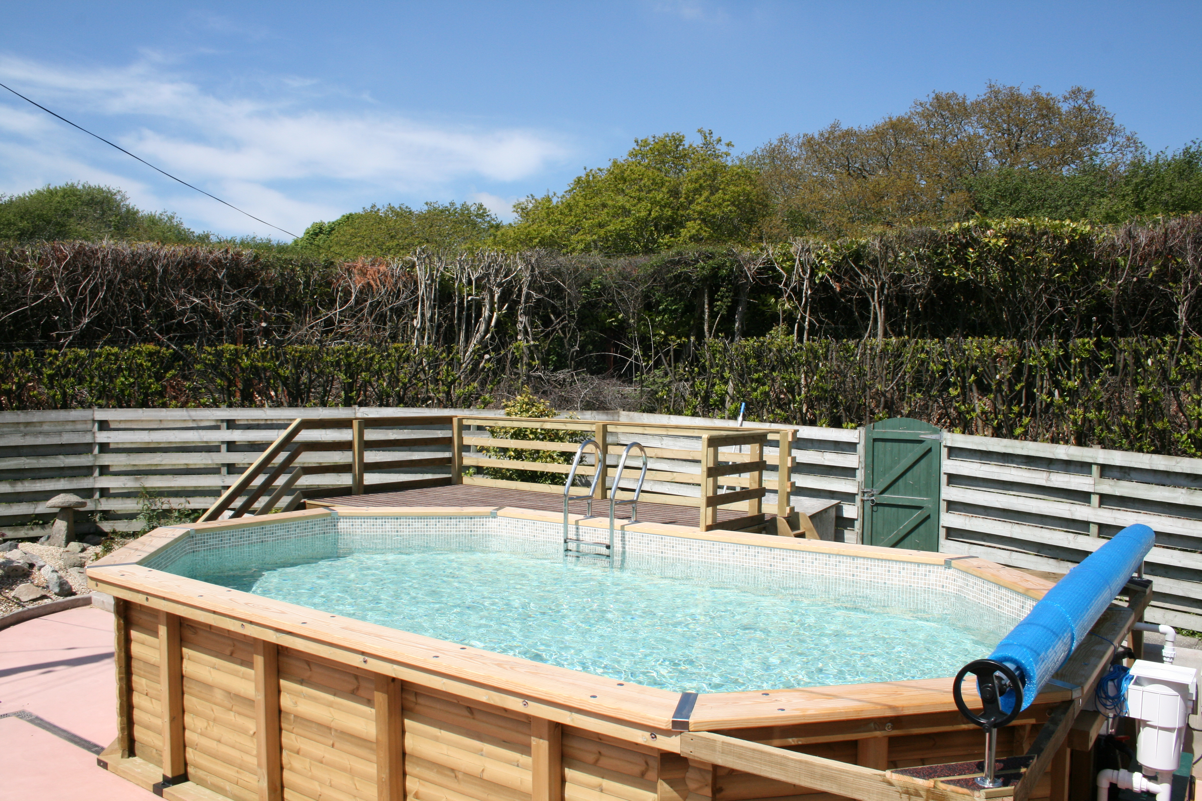 Cornwall pools above ground pools cornwall pools - Hotels with swimming pools cornwall ...